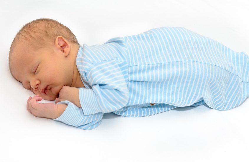 Mio figlio non dorme, cosa posso fare?