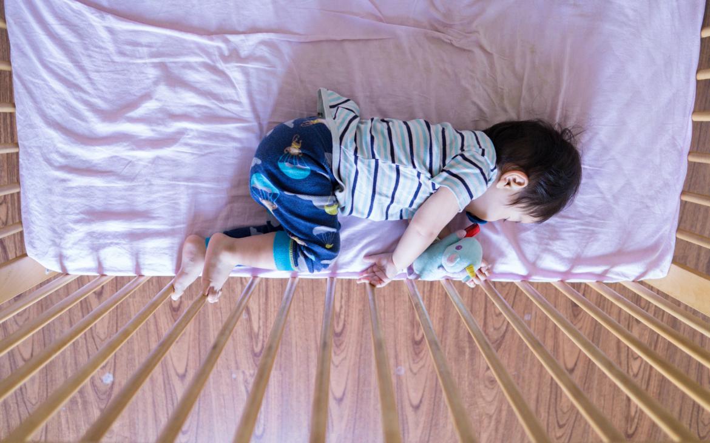 Culla che si attacca al letto